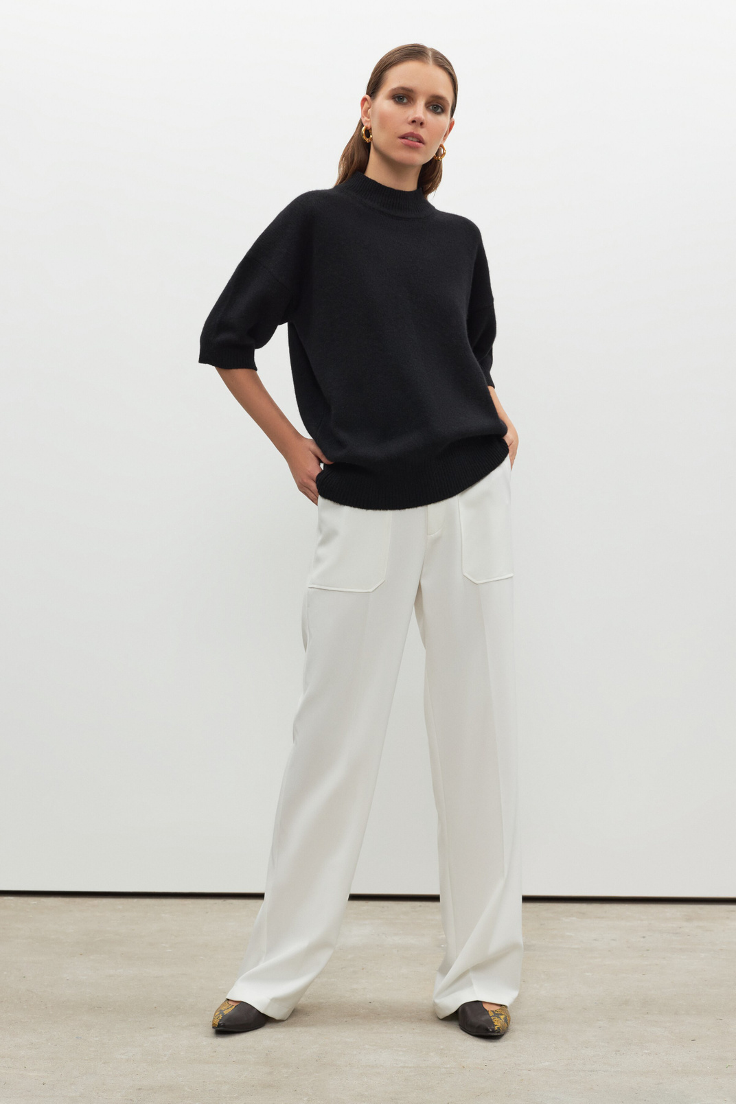 Trousers with patch pockets, Milky, M